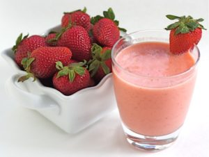 jahodové bezlaktózové smoothie